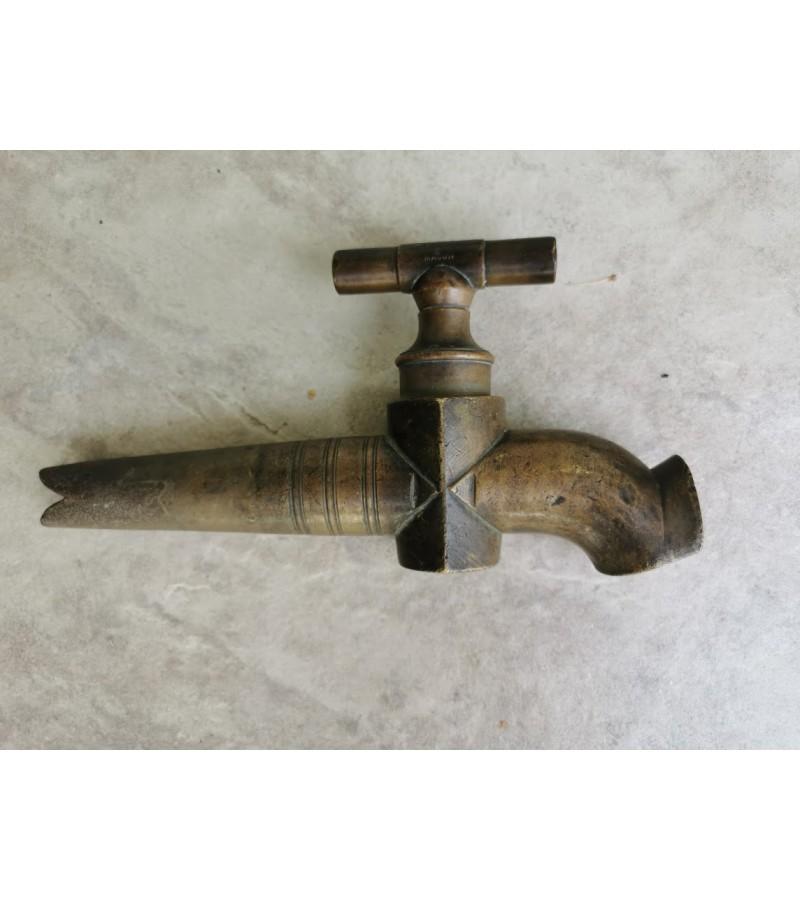 Čiaupas, kranas bačkų stambus antikvarinis, bronzinis. Veikiantis. Kaina 56