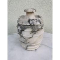 Indas akmeninis su dangčiu antikvarinis. Kaina 32