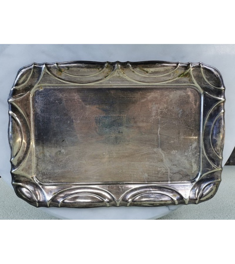 Padėklas Art Deco stiliaus, keturkampis, sidabruotas. 1945 m. Kaina 21