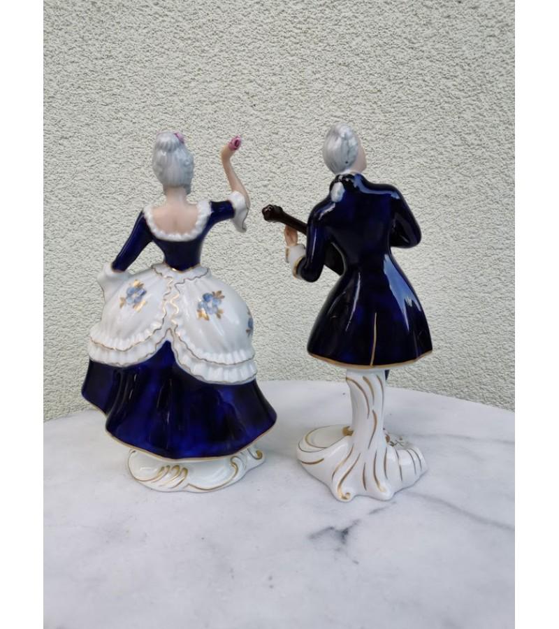 Statulėlės, figūrėlės porcelianinės. Porelė. Royal Dux. Made in Czechoslovakia. Kaina po 42