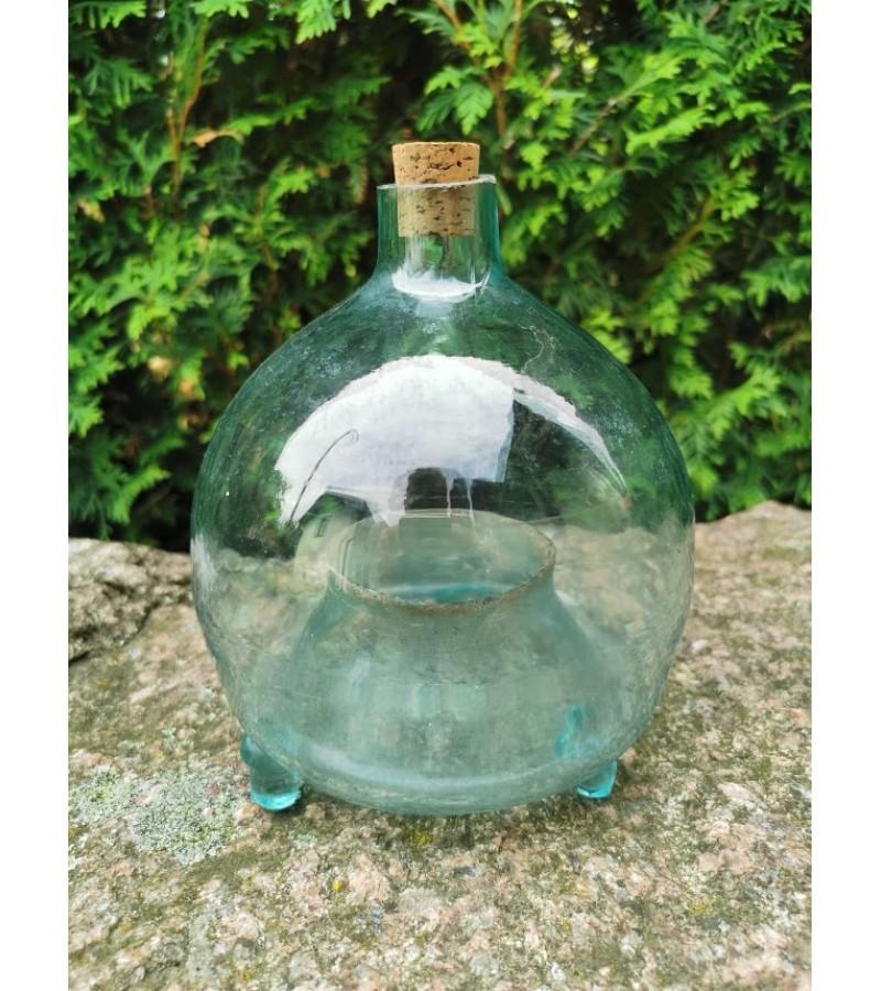 Musgaudis stiklinis, antikvarinis. Kaina 43