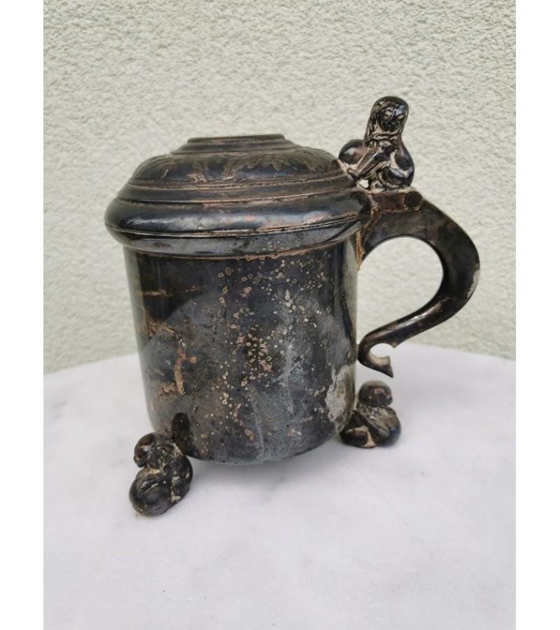 Bokalas metalinis, sidabruotas, antikvarinis su liūtais. PRIMA N.S. Kaina 32