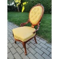 Kėdė antikvarinė, išskirtinė. Kaina 52