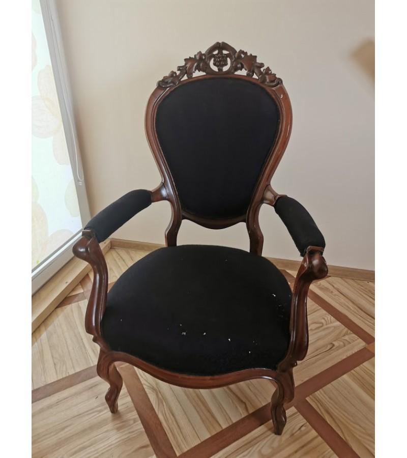 Fotelis, krėslas antikvarinis. Kaina 127