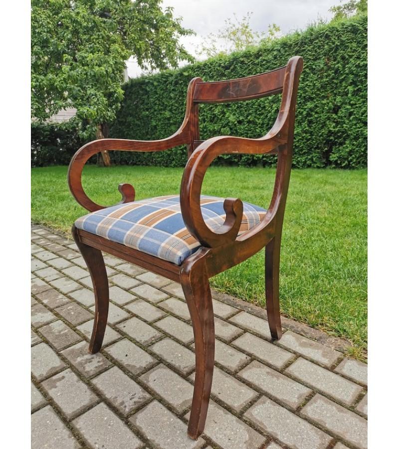 Krėslas, kėdė su porankiais, antikvarinis, Biedermeier stiliaus. Tvirtas. Kaina 92