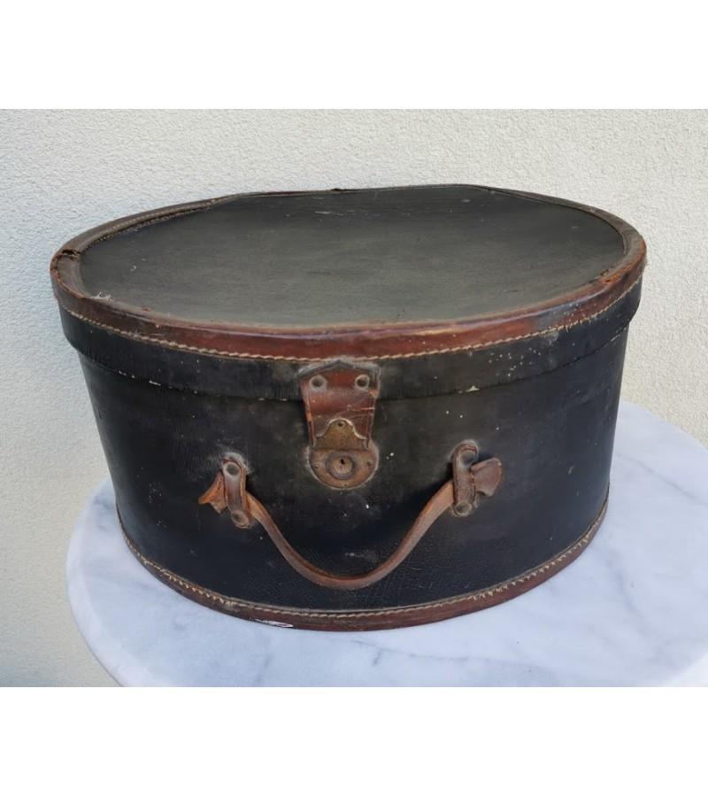 Dėžė skrybėlėms tarpukario laikų. Kaina 127
