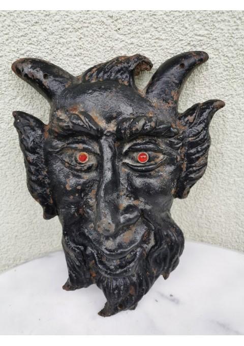 Velnias špižimis (ketaus). Kaina 42