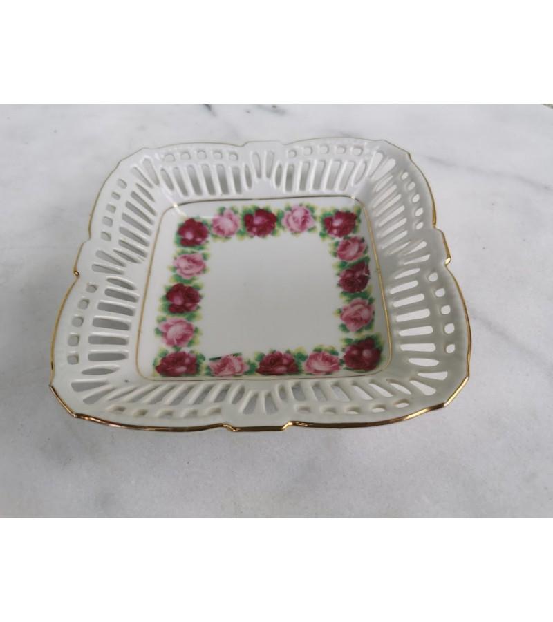 Lėkštelė porcelianinė, nedidelė, vintažinė. Vokietija. Kaina 11