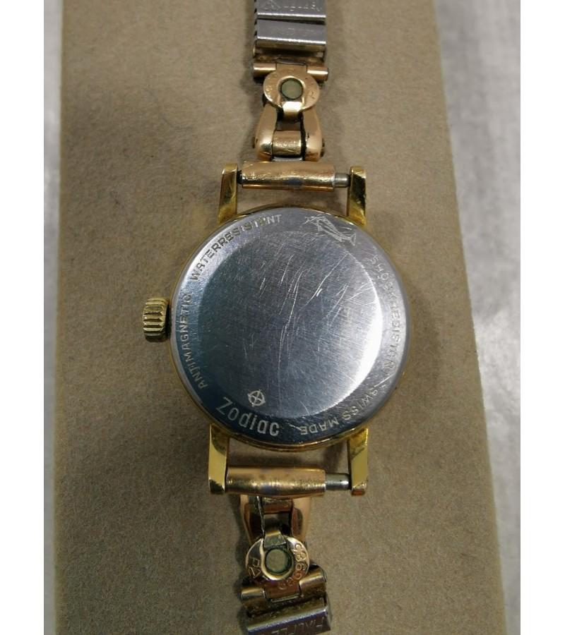 Laikrodis ZODIAC vintažinis, auksuotas, Swiss made, Plaque G20 SAD. Veikiantis. Kaina 27