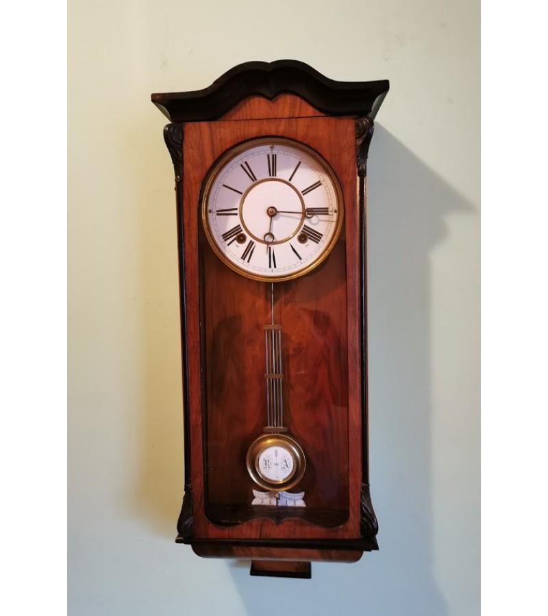 Laikrodis antikvarinis Junghans, veikiatis, patikrintas laikrodininko. Kaina 117