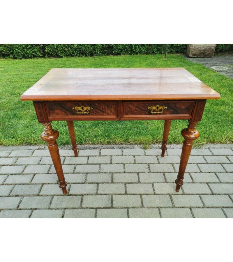 Stalas rašomasis, antikvarinis su stalčiais. Kaina 168