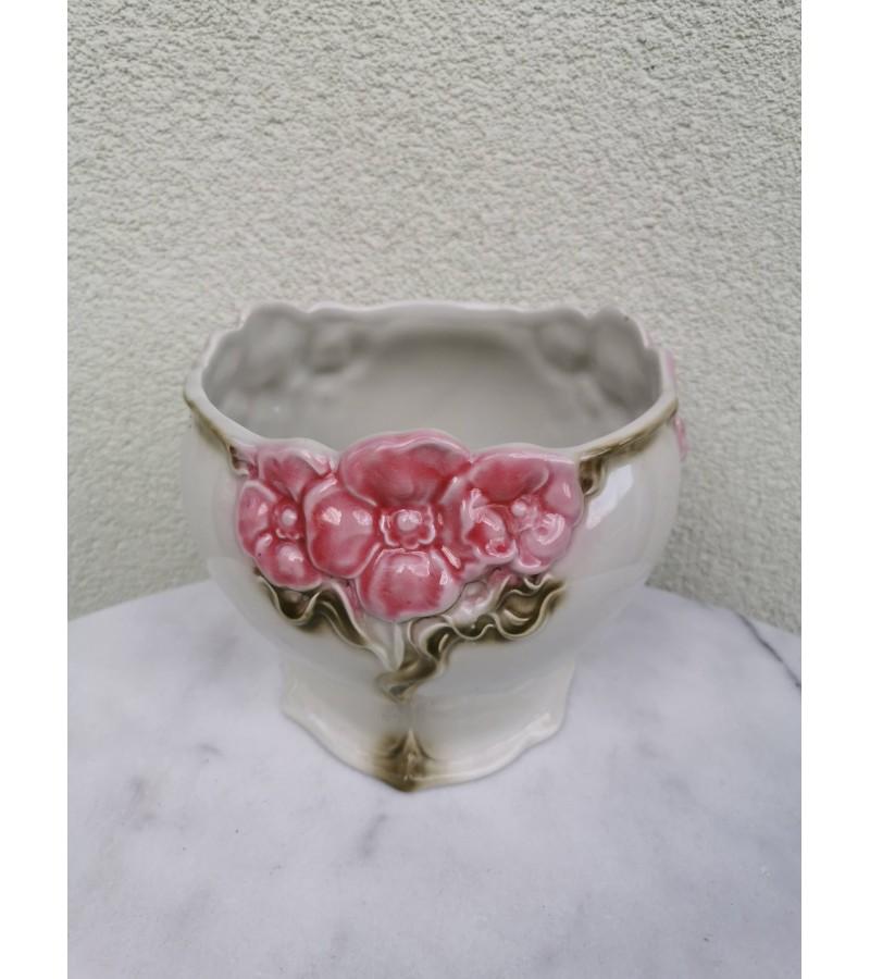 Vazonas gėlėms keraminis, glazūruotas. Portugalija. Kaina 12