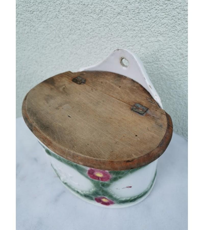 Indas antikvarinis miltams. Kaina 28