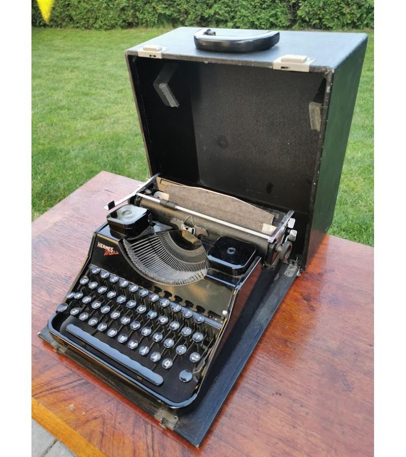 Spausdinimo mašinėlė antikvarinė HERMES. Kaina 92